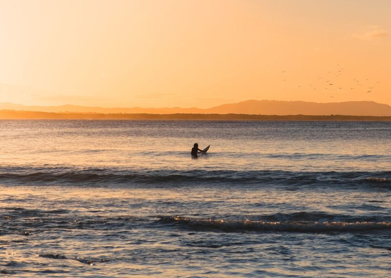 surfing-noosa-australia