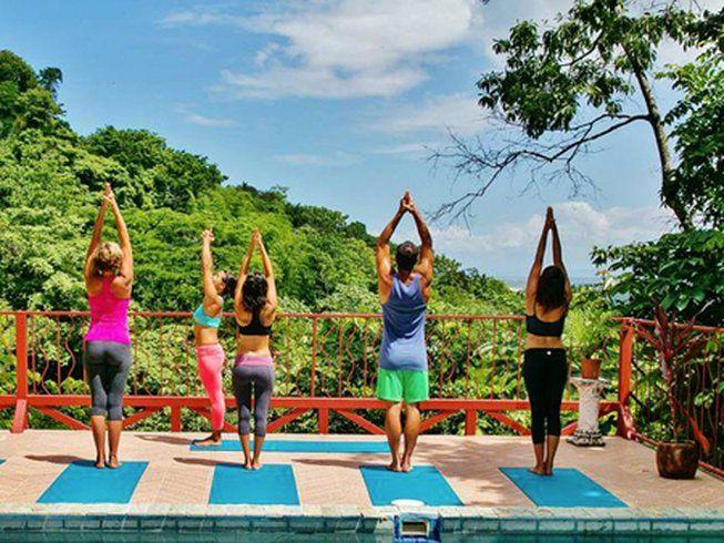 women practicing yoga in costa rica