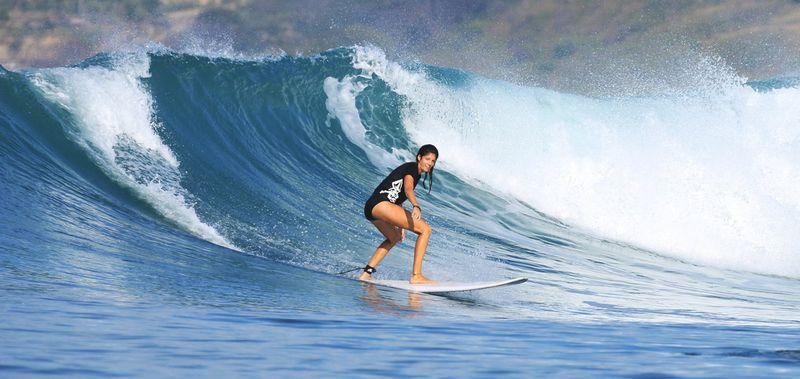 surf-inside-gerupuk