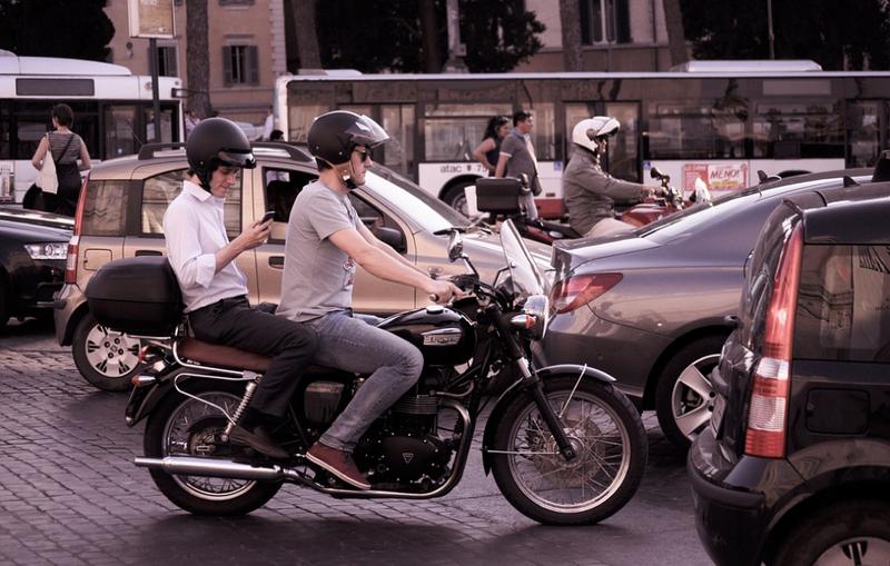 lane splitting bike accidents