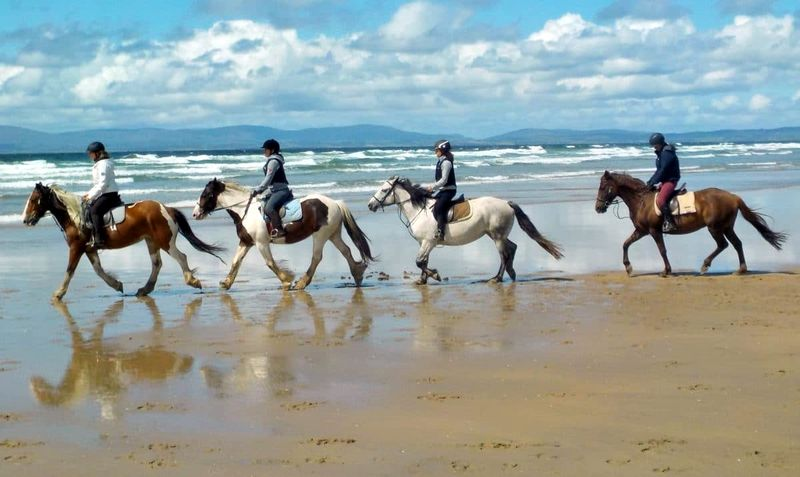 horse-riding-bundoran-ireland