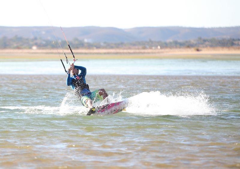 kitesurfing-alvor-lagoon