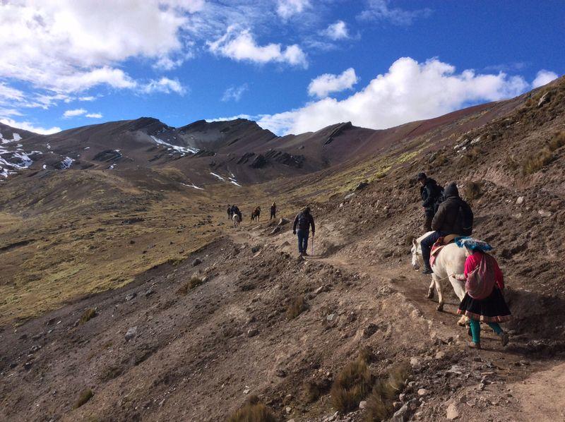 horse-trekking-cusco-peru