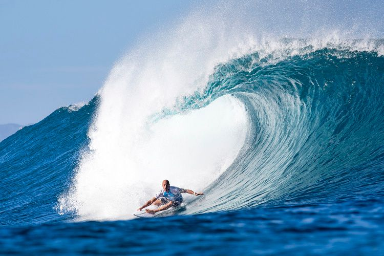 kelly-slater-big-wave-surfing