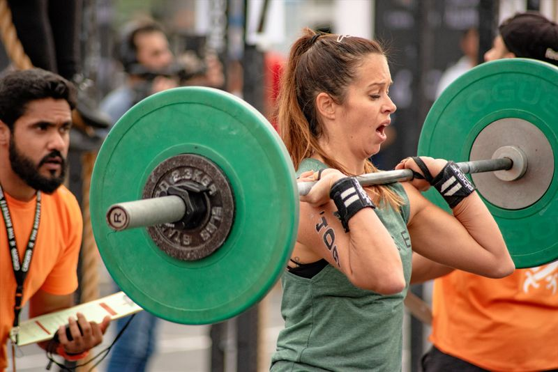lifting weight woman