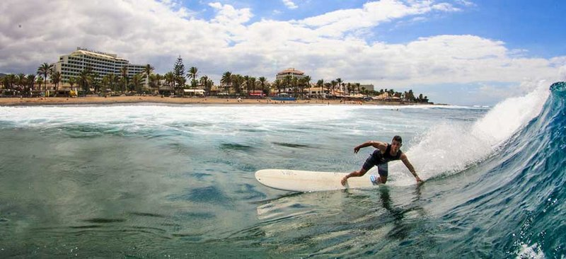 surfing-spanish-left-tenerife